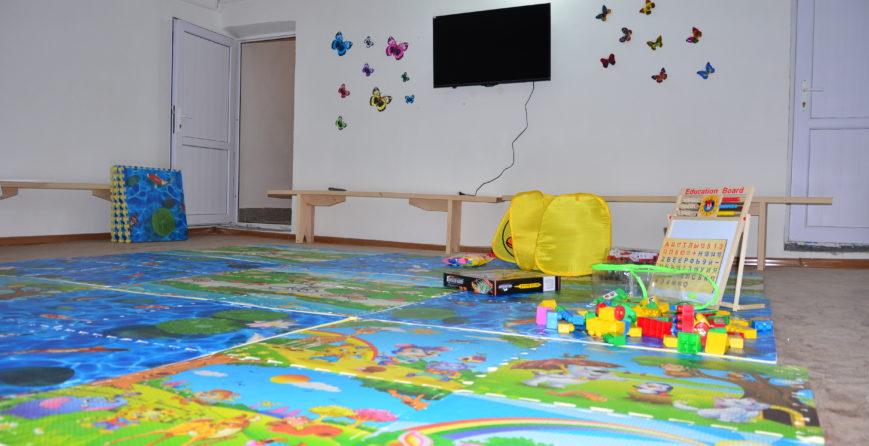 movses-village-playground-shelter